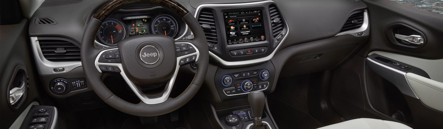 2017-Jeep-Cherokee-VLP-Overland-Interior-Beauty